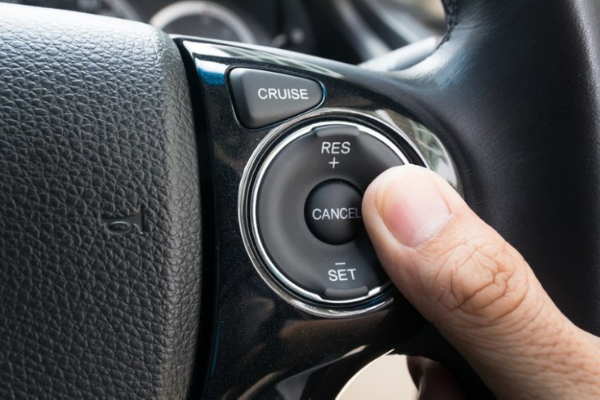 Fitur mobil sering terbengkalai